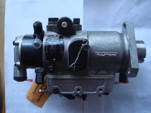 压套机油泵